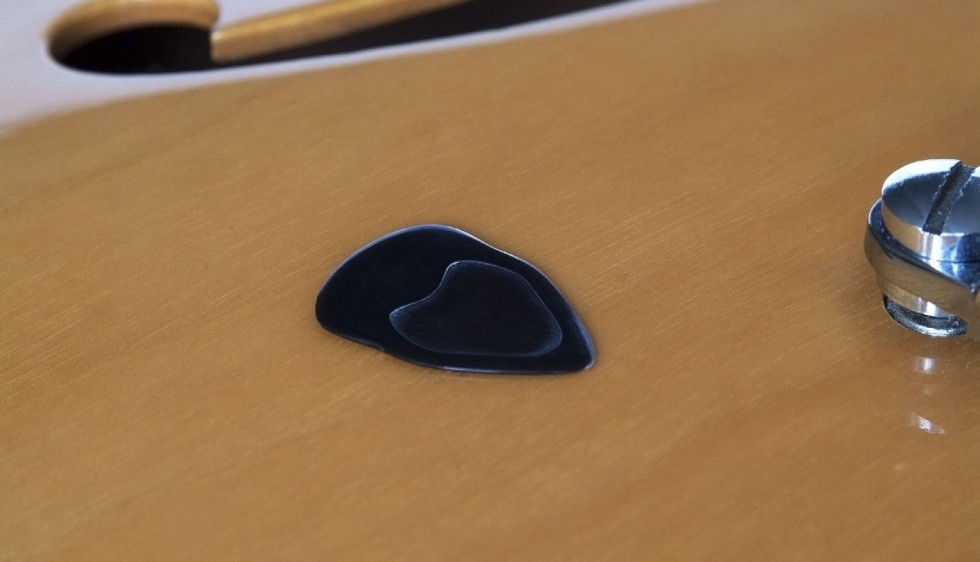 Electric Guitar Solo Pick • Tortoise like sound & feel